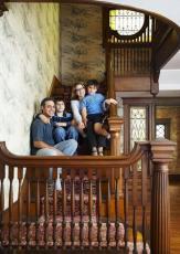 Резные столбы для лестниц - Резные балясины из дуба