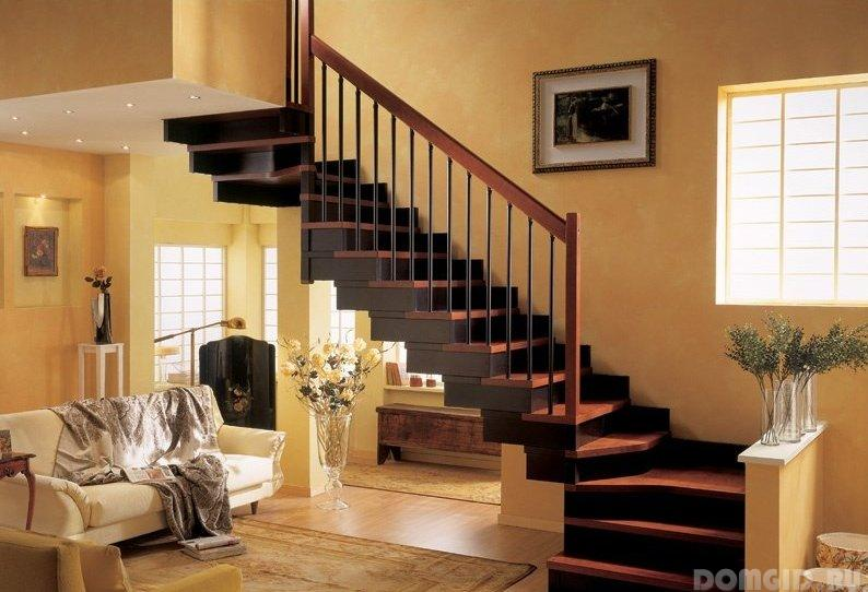 Лестницы в двухэтажных домах 5
