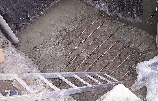 Выкопать погреб в гараже