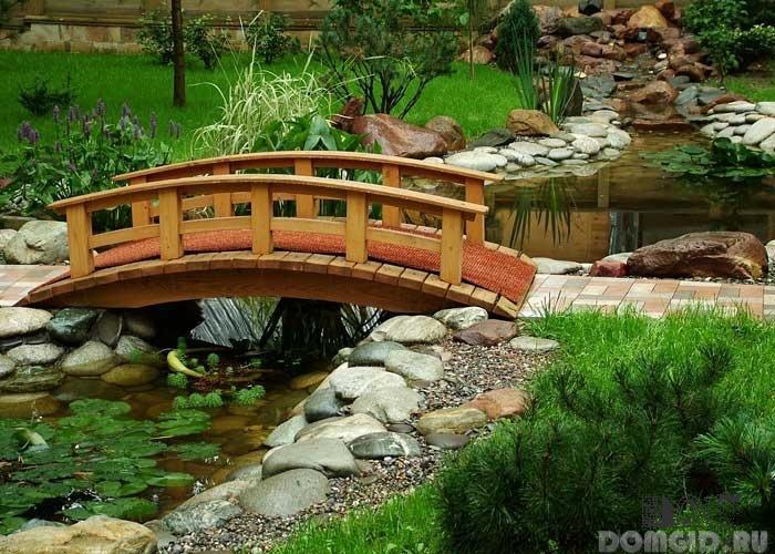 Фото мостик через пруд