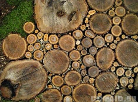 Дорожка из спилов деревьев своими руками