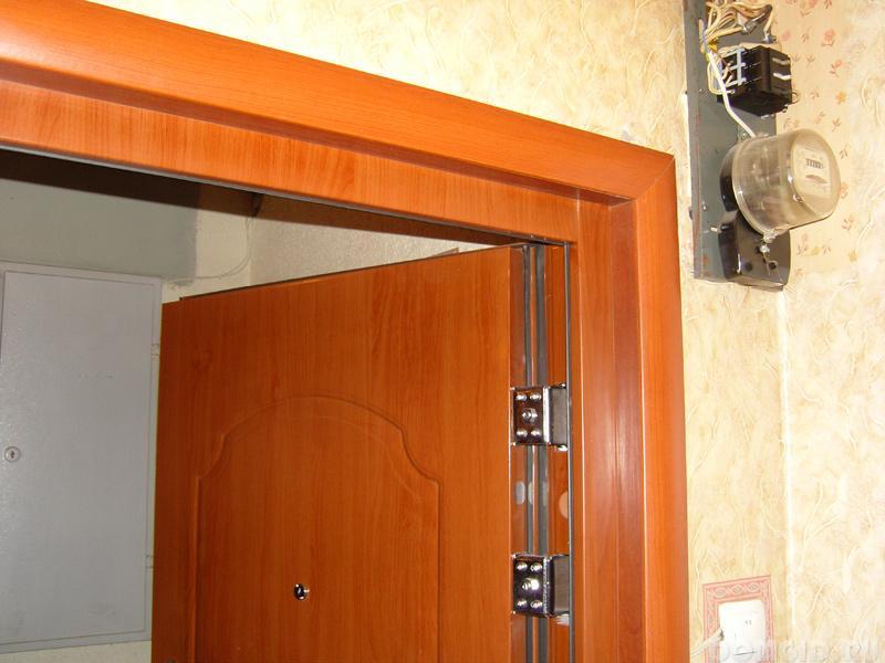 Замена входной двери в квартире своими руками 57