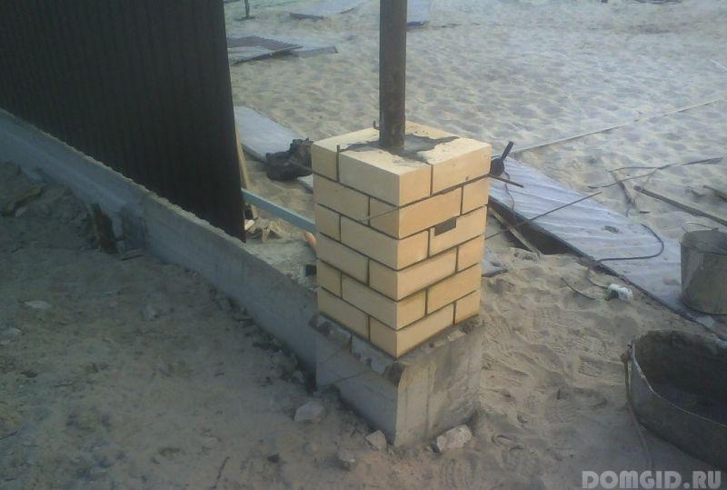 Кирпичный столб для ворот своими руками 273