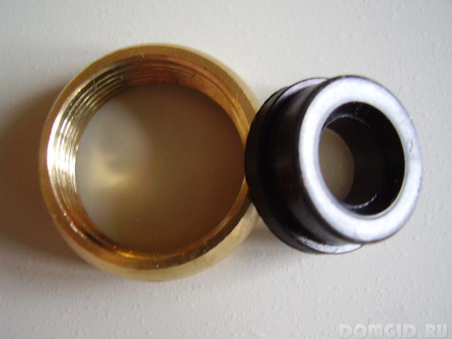 Ремонт кран буксы с керамическими пластинами